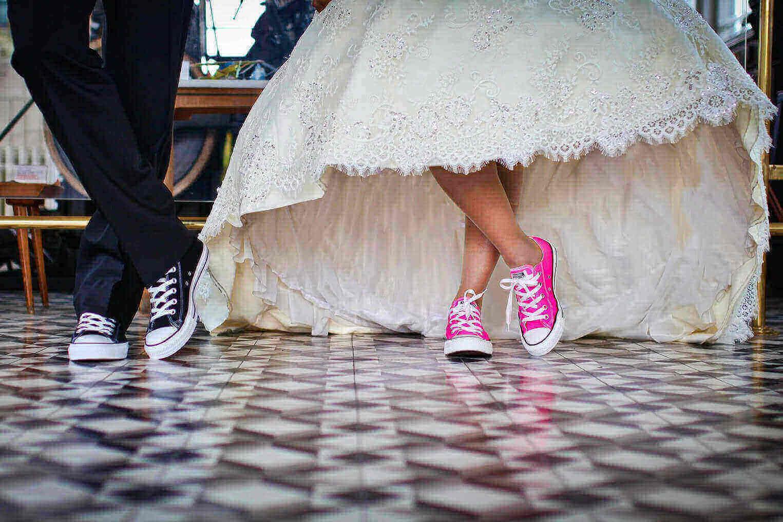 zapatos-comodos-novia-deportivas