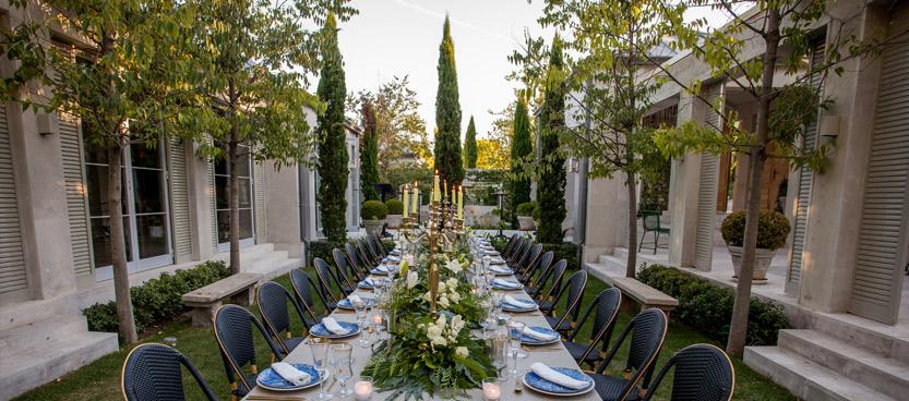Preparativos de boda millennial en Villa Laureana