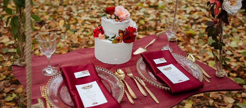 Decoración de otoño en la finca de bodas Villa Laureana del norte de Madrid