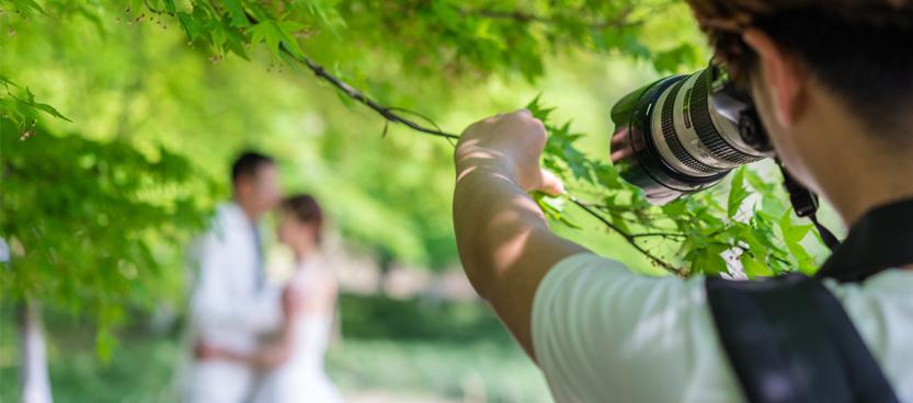 Fotógrafo novios en la finca exclusiva de bodas Villa Laureana en Madrid