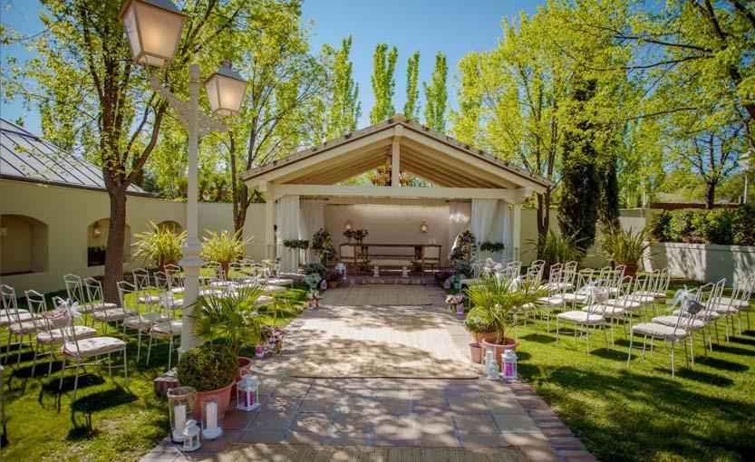 Capilla de ceremonias de la finca de bodas Villa Laureana
