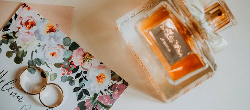 perfumes-mini-para-invitados-de-boda